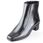 Save $5 on women's Black Label premium dress shoes for work